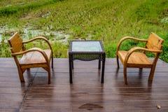 Stół i krzesła Zdjęcia Royalty Free