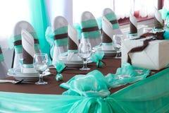 Stół ustawiający dla ślubnego gościa restauracji Fotografia Royalty Free
