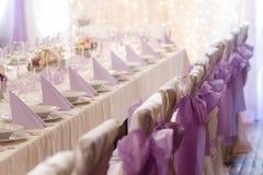 Stół ustawiający dla poślubiać zdjęcia stock