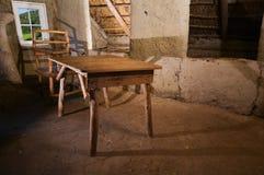 Stół w błocie hut_horizontal Zdjęcia Royalty Free