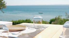 Stół w kawiarni na brzeg zdjęcie wideo