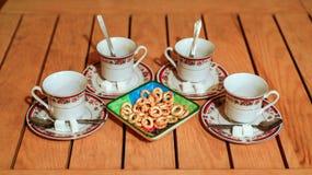 Stół z składnikami dla pić herbaty obrazy stock