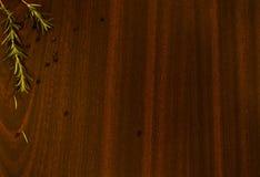Stół z zielonym condiment zdjęcia royalty free