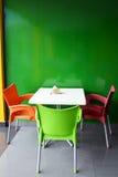 Stół przy soku barem Zdjęcia Royalty Free