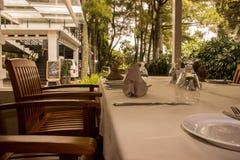 Stół ustalona restauracja Obrazy Stock