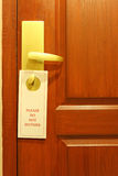 Stör inte meddelandet på hotellrum Fotografering för Bildbyråer