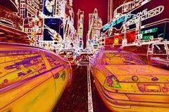 Störschubneonhintergrund gelben Taxis New York City Time Square heller lizenzfreie stockfotos