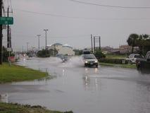 Störtflod för tromb för orkan för regn för flodstormskada arkivbild