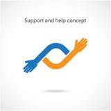 Stötta och hjälp begreppet, teamworkhandbegrepp Arkivbild