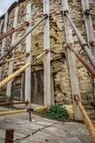 Stöttor i byggnadsstruktur Royaltyfria Bilder