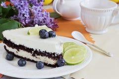 Stück des Geburtstagkuchens Stockbilder