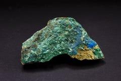 Stück grünes Cyanotrichite-Mineral von Frankreich Ein wasserhaltiges kupfernes Aluminiumsulfatmineral lizenzfreie stockfotos