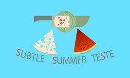 Stück Wassermelone und Käse auf einem netten blauen Hintergrund Stockbild
