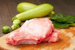 Stücke rohes Fleisch Lizenzfreie Stockfotos