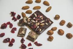 Stücke schwarze Schokolade Stockfoto