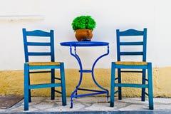 Stühle und Tabelle Stockfoto