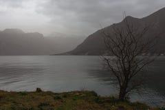 Stürmische Boka-Bucht Stockbilder