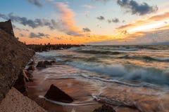 Stürmischer baltischer Sonnenuntergang Lizenzfreie Stockbilder