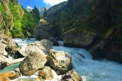 Stürmischer Fluss Lizenzfreies Stockfoto