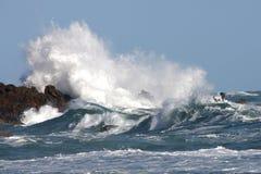 Stürmisches Meer und Wellen Stockfoto