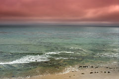 Stürmisches Ozeanpanorama Stockfotos