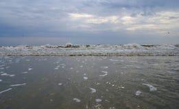Stürmisches Wetter beim Schwarzen Meer Stockfotos