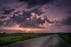 Stürmisches Wetter mit Blitz Lizenzfreies Stockbild
