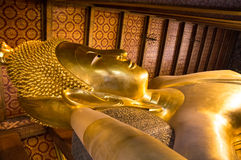 Stützender Buddha bei Wat Pho, Bangkok, Thailand, Stockfoto