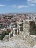 从st乔治城堡的里斯本葡萄牙视图 免版税库存照片