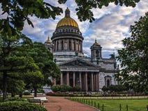 St以撒` s大教堂是圣彼德堡建筑学珍珠  库存照片