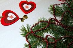 St华伦泰` s天,爱,圣诞节,新年 两红色心脏w 库存照片