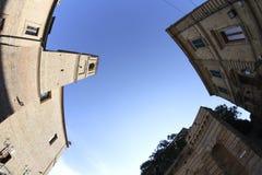 St奇普里亚诺安东尼奥教会在Colonnella,寺光,意大利 免版税库存照片
