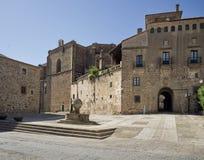 St尼古拉斯广场在普拉森西亚,卡塞里斯 西班牙 库存图片