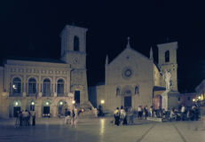 St本尼迪克特广场和教会在诺尔恰,翁布里亚,意大利 免版税库存图片