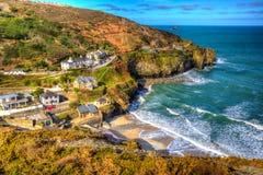St艾格尼丝康沃尔郡在Newquay和圣Ives之间的英国英国五颜六色的HDR的 免版税库存图片