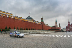 St蓬蒿` s大教堂和红场在莫斯科 库存照片