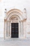 St阿纳斯塔西娅教会门 免版税库存照片