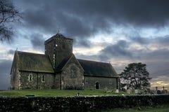 St马莎的小山的St马莎的教会在日落 免版税图库摄影