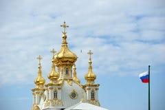 ST ΠΕΤΡΟΥΠΟΛΗ, ΡΩΣΙΑ - 26 ΜΑΐΟΥ: Το μεγάλο παλάτι σε Peterhof, Γ Στοκ Εικόνα