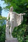ST Πετρούπολη Ρωσία Ένα γλυπτό Apollon το Belvedersky στο θερινό κήπο Στοκ Εικόνες