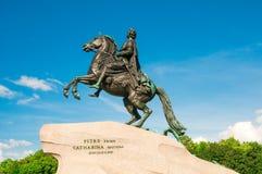 ST 彼得斯堡,俄罗斯- 2015年7月26日:对彼得的纪念碑Gr 库存图片