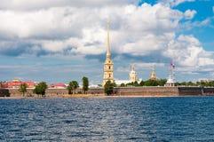 ST 彼得斯堡,俄罗斯- 2015年7月26日:彼得和保罗堡垒 库存照片