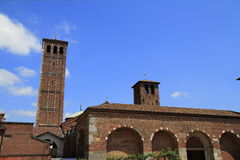 Базилика St Ambrose (Sant'Ambrogio) в милане Стоковые Изображения RF