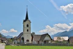 ST Andrew& x27 εκκλησία του s σε Podkoren, Σλοβενία Στοκ Φωτογραφία