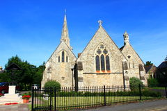 St Andrew & x27; igreja de s, negócio Kent Reino Unido imagem de stock royalty free