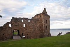 St Andrews Castle, Skottland royaltyfria foton