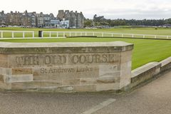 St. Andrews Clubhouse and Golf Course of the Royal & Ancient where golf was founded in 1754, considered by many to be the. ST. ANDREWS, FIFE, SCOTLAND stock images