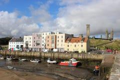 St Andrews Harbour durante la bajamar, Saint Andrews, Fife Imagen de archivo