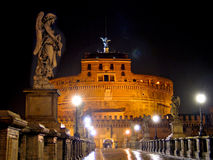St. Angelo Castle in Rome, 's nachts Stock Afbeelding