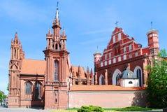 ST Anne και εκκλησία Bernardinu στην πόλη Vilnius Στοκ Εικόνες